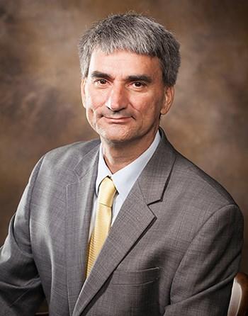 Luis Restrepo.