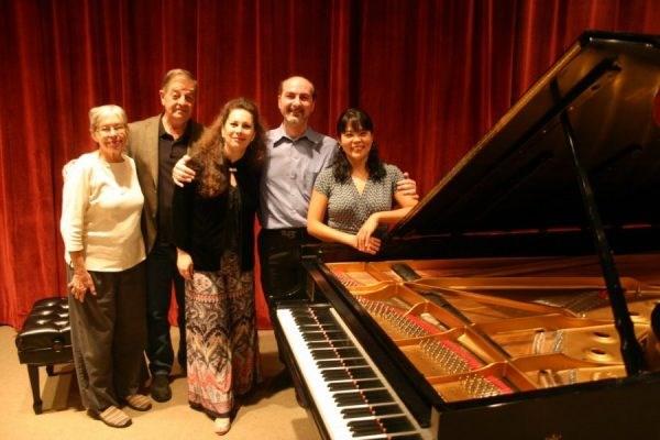 U of A Piano faculty.
