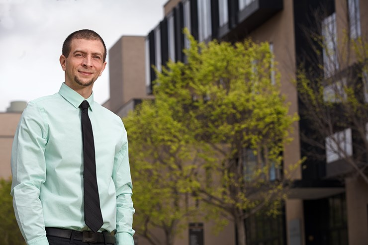 Alumnus Chris Shapley earned an engineering degree while working full-time, helped in part through a Staff Senate Scholarship.