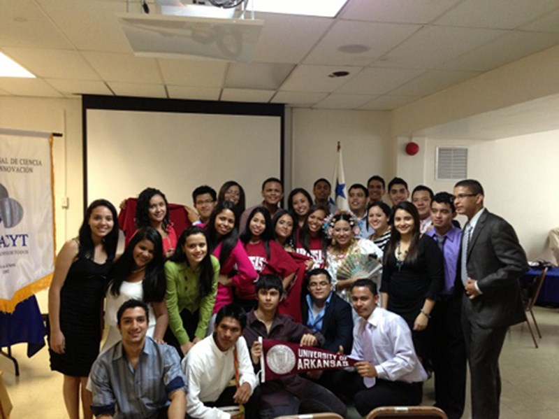 PAPSS undergraduates receive acceptance letters in Panama.