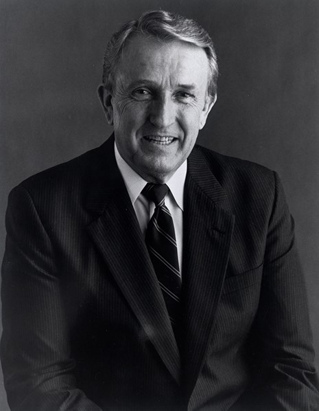 Senator Dale Bumpers, 1989.  (Dale Bumpers Senatorial Papers (MC 1490), Special Collections, University of Arkansas Libraries, Fayetteville.)