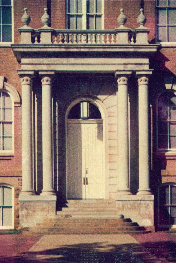 Old Main portico to be restored