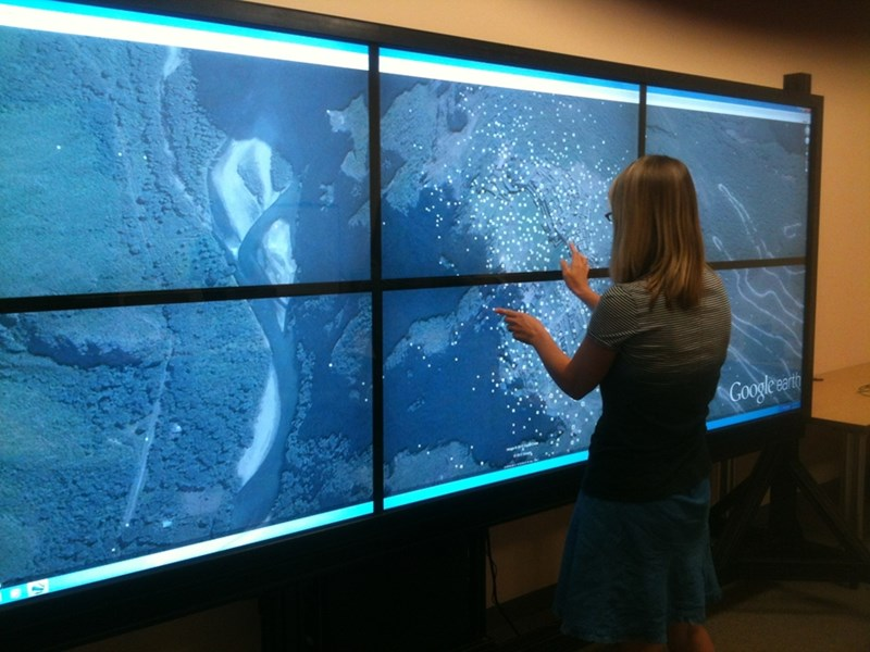 A researcher at the Center for Advanced Spatial Technologies uses the center's RazorVue to use Google Earth, which uses GIS data to georeference specific locations.