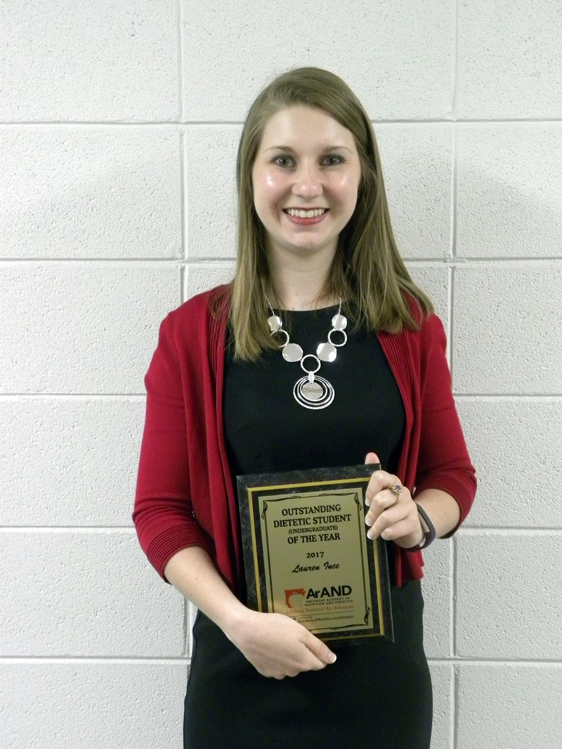 Junior Lauren Ince is the fourth Bumpers College student in the last five years to be named the state's Outstanding Dietetic Student by the Arkansas Academy of Nutrition and Dietetics.