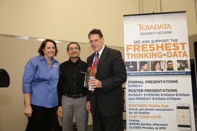 David Douglas receives the Teradata University Network Pioneer Award.