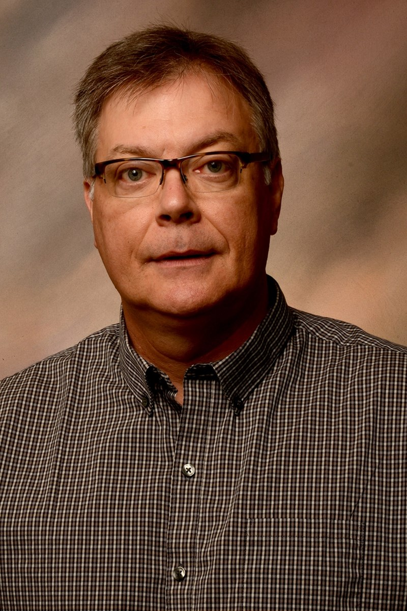 Professor Ken Korth has been named interim head of the combined departments of entomology and plant pathology.