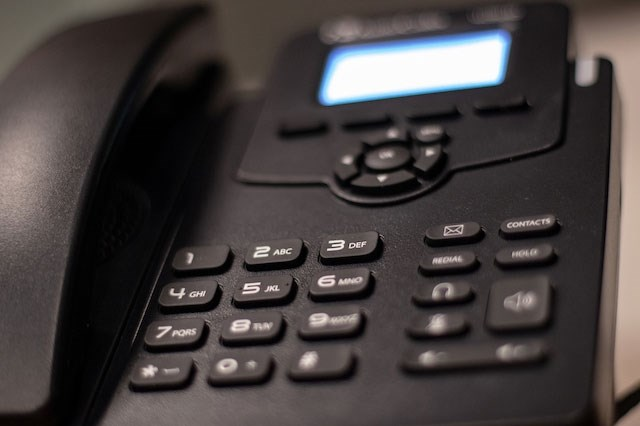 The AudioCodes 405HD will be the phone provided by IT Services to a majority of campus users.