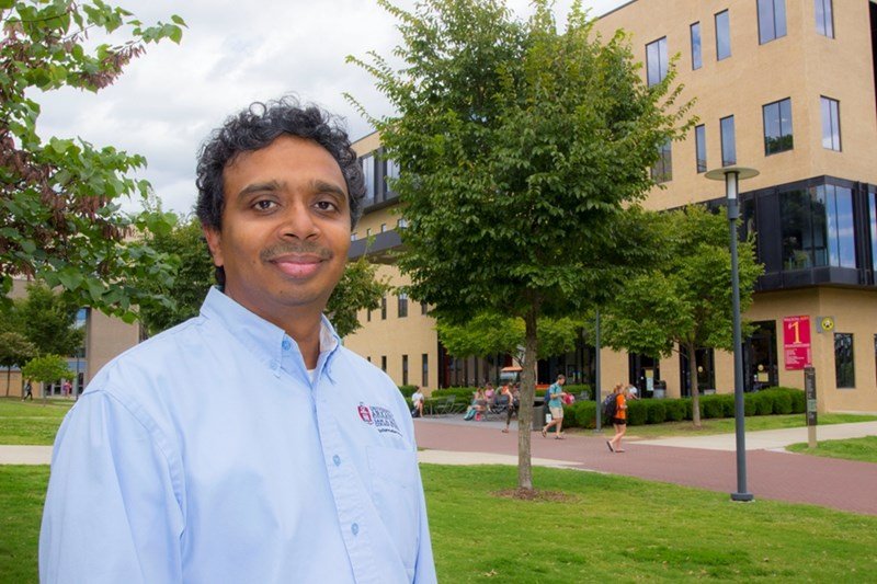 Viswanath Venkatesh received the Outstanding All-Around Faculty Award for 2018-19 by the Sam M. Walton College of Business.