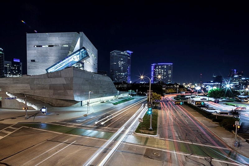 With the Perot Museum of Nature and Science in Dallas, Texas, the firm Morphosis designed the building itself to be a didactic tool for demonstrating scientific principles at work. Talley Associates, the firm of Fay Jones School alumnus Coy Talley, served as the consultant for landscape architecture and site sustainability.
